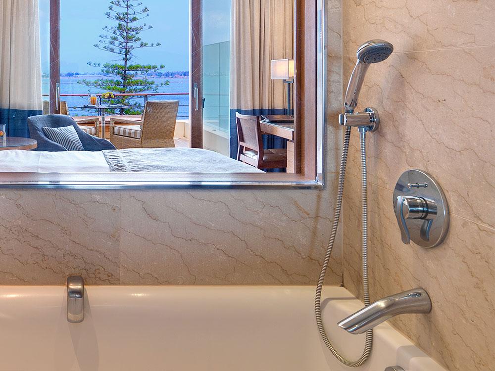 Bathroom Luxury Amphitryon Hotel in Nafplio